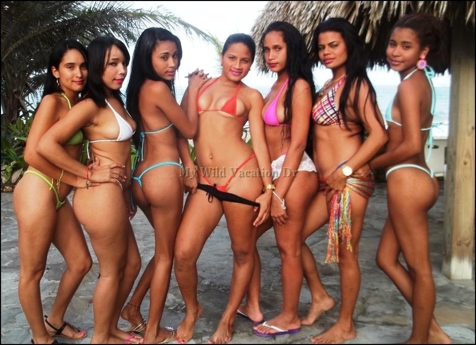 Teeni Bikini Week At The Villas